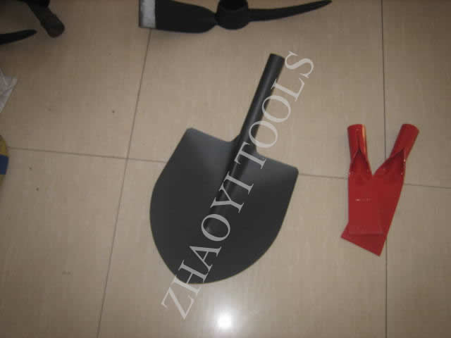 5001529 Spanish round point shovel