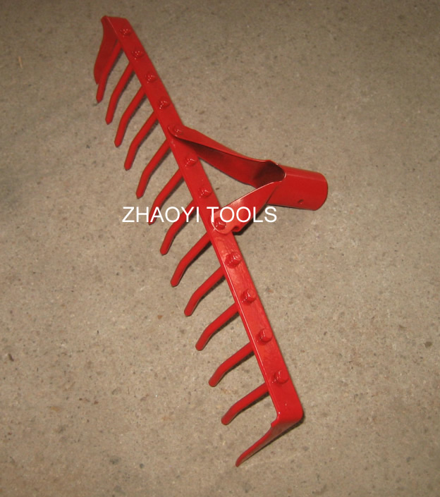 20010102 garden toothed rake